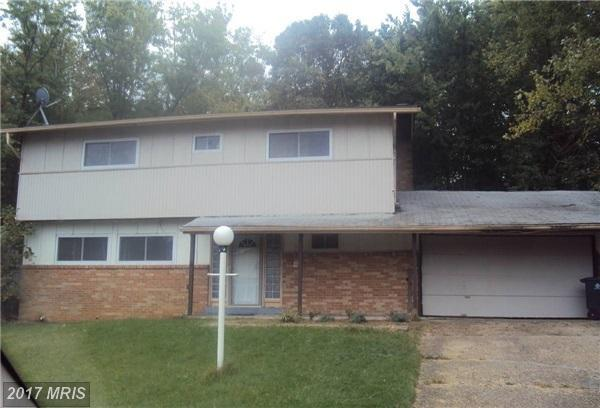 6804 Collinson Court, Camp Springs, MD 20748 (#PG10089449) :: Pearson Smith Realty