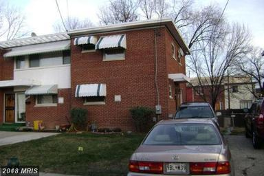 3910 Triton Court, Temple Hills, MD 20748 (#PG10162789) :: Provident Real Estate