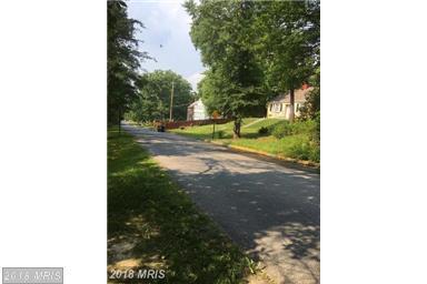 5702 Arapahoe Drive, Oxon Hill, MD 20745 (#PG10314451) :: Bob Lucido Team of Keller Williams Integrity