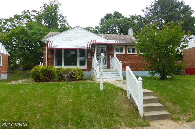 5910 Arapahoe Terrace, Oxon Hill, MD 20745 (#PG9956139) :: LoCoMusings