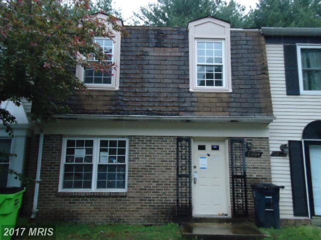 5904 Applegarth Place, Capitol Heights, MD 20743 (#PG9989019) :: LoCoMusings