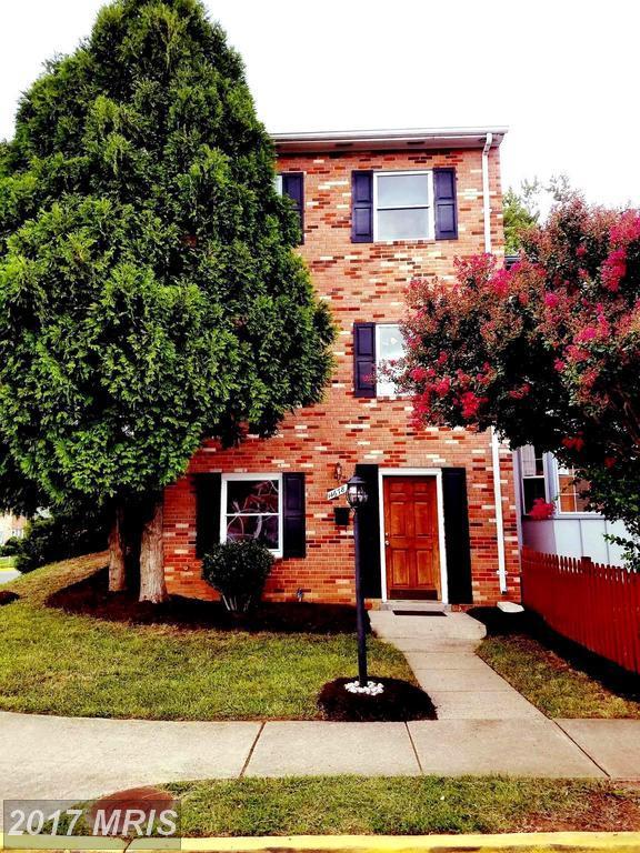 14678 Cloverdale Road, Woodbridge, VA 22193 (#PW10047855) :: Pearson Smith Realty