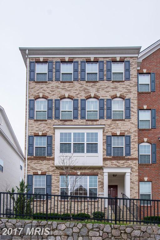 2327 Kew Gardens Drive #171, Woodbridge, VA 22191 (#PW10117737) :: The Tom Conner Team