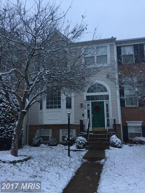 8726 Farnham Way, Bristow, VA 20136 (#PW10119627) :: Jacobs & Co. Real Estate