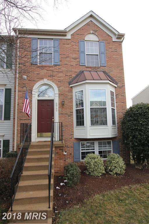 6969 Manahoac Place, Gainesville, VA 20155 (#PW10132364) :: Pearson Smith Realty