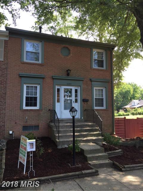 13160 Putnam Circle, Woodbridge, VA 22191 (#PW10132496) :: Pearson Smith Realty