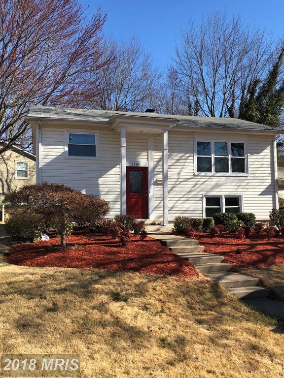 3204 Burleigh Lane, Woodbridge, VA 22193 (#PW10183417) :: Keller Williams Pat Hiban Real Estate Group