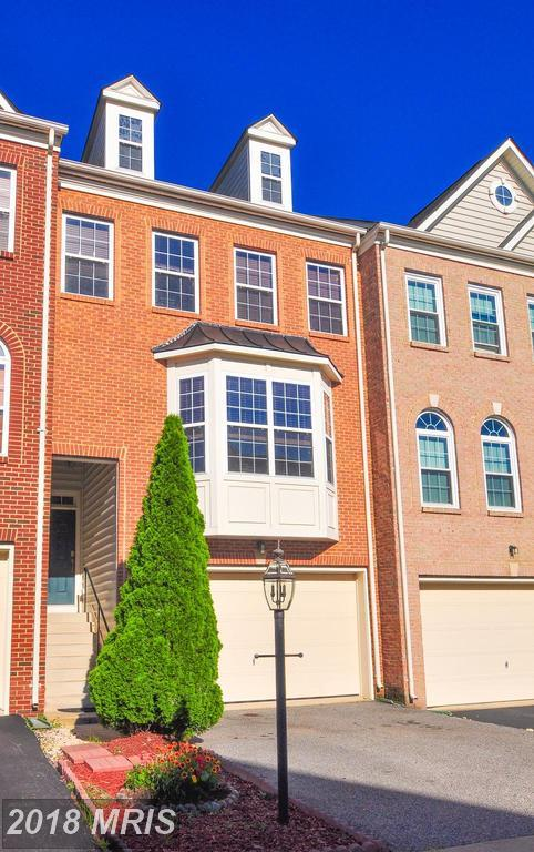 17615 Harpers Ferry Drive, Dumfries, VA 22025 (#PW10272596) :: RE/MAX Executives