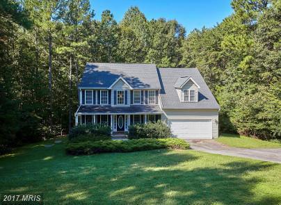7912 Woods Drive, Fredericksburg, VA 22408 (#SP10047902) :: LoCoMusings