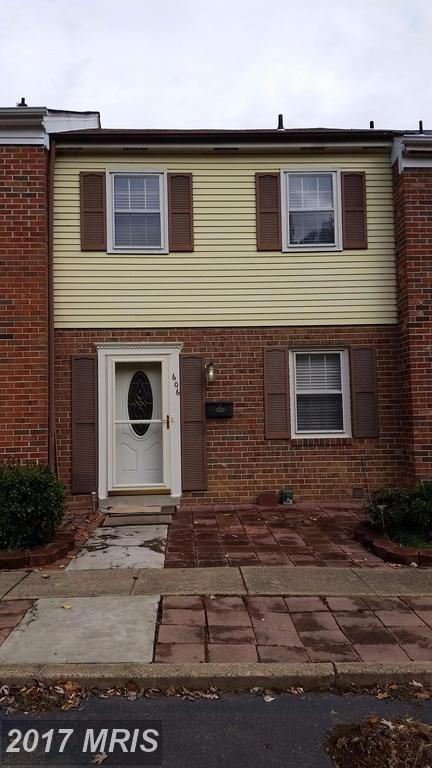 606 Olde Greenwich Circle, Fredericksburg, VA 22408 (#SP10082590) :: Pearson Smith Realty