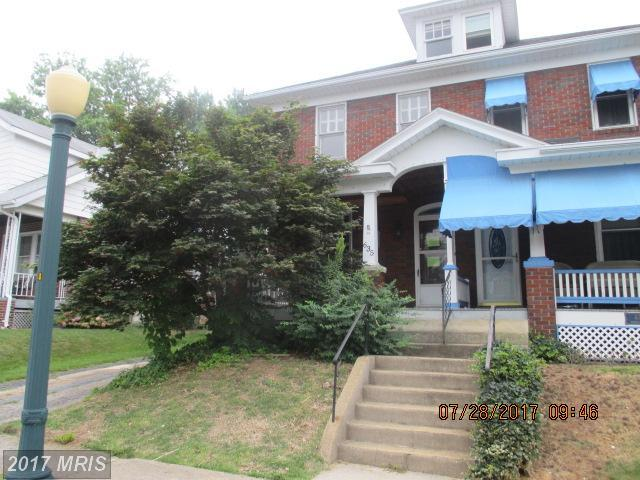 635 Guilford Avenue, Hagerstown, MD 21740 (#WA10054458) :: Pearson Smith Realty