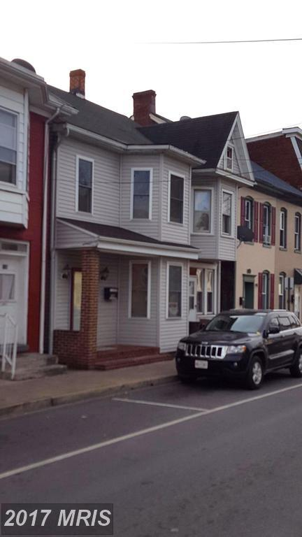 134 Locust Street N, Hagerstown, MD 21740 (#WA10108232) :: The Maryland Group of Long & Foster
