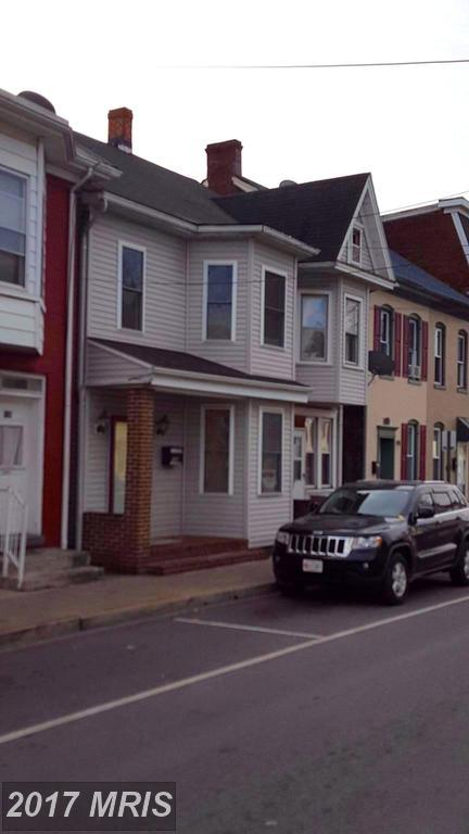 132 Locust Street N, Hagerstown, MD 21740 (#WA10108243) :: The Maryland Group of Long & Foster