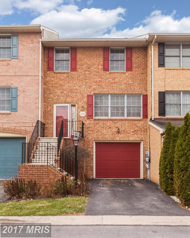 1303 Lindsay Lane, Hagerstown, MD 21742 (#WA10116051) :: Pearson Smith Realty