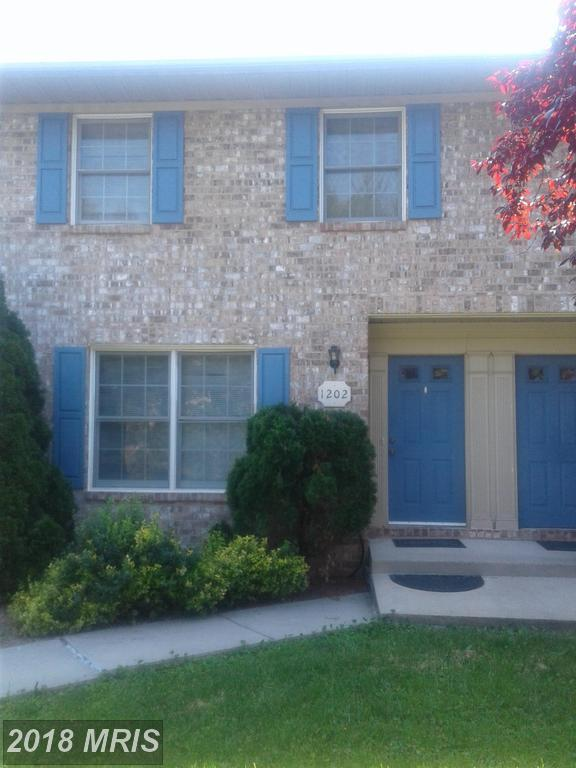 1202 Fairchild Avenue, Hagerstown, MD 21742 (#WA10251991) :: The Maryland Group of Long & Foster