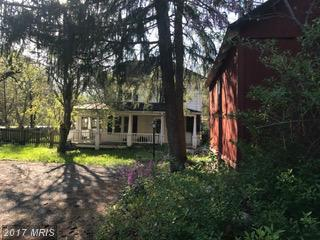 3400 Strasburg Road, Strasburg, VA 22657 (#WR9916571) :: LoCoMusings