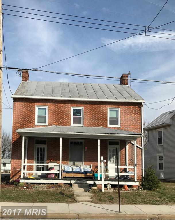 145 King W, Littlestown, PA 17340 (#AD9867881) :: Pearson Smith Realty