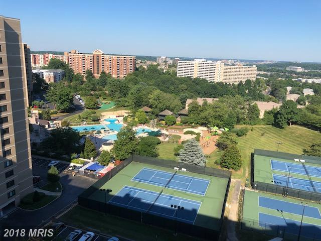 307 Yoakum Parkway #1519, Alexandria, VA 22304 (#AX10218404) :: RE/MAX Executives