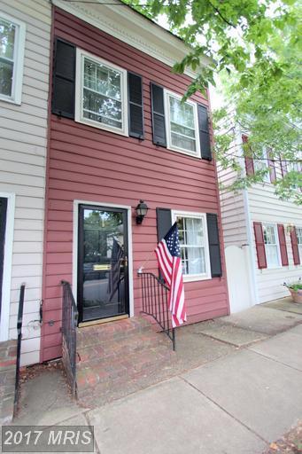 729 Fairfax Street S, Alexandria, VA 22314 (#AX9969326) :: Susan Scheiffley & Company Homes