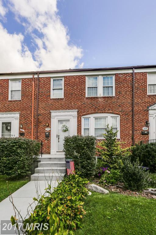 329 Stratford Road, Baltimore, MD 21228 (#BC10040847) :: Pearson Smith Realty