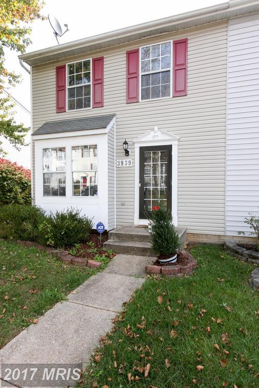 3939 Queens Lace Street, Pikesville, MD 21208 (#BC10086199) :: Pearson Smith Realty