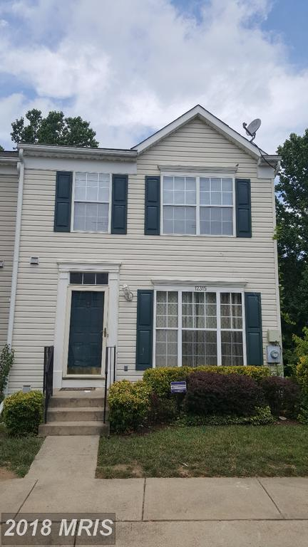 12315 Sweetbriar Place, Waldorf, MD 20602 (#CH10035589) :: Pearson Smith Realty