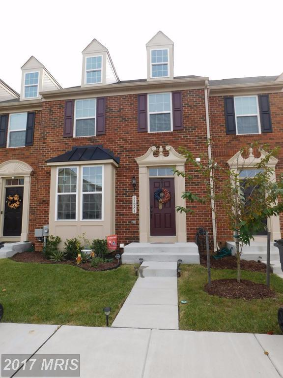 11984 Roy Hobbs Place, Waldorf, MD 20602 (#CH10078369) :: Pearson Smith Realty