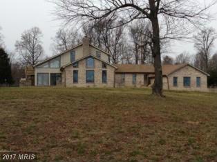 11275 Edge Hill Road, Newburg, MD 20664 (#CH9829120) :: LoCoMusings