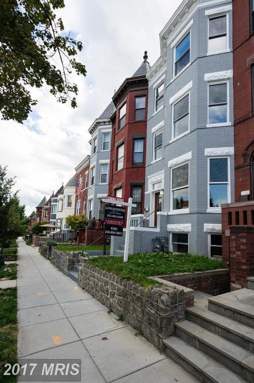 2022 1ST Street NW, Washington, DC 20001 (#DC10052883) :: Pearson Smith Realty