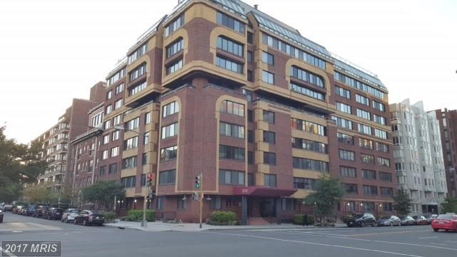 1245 13TH Street NW #412, Washington, DC 20005 (#DC10085819) :: Eng Garcia Grant & Co.