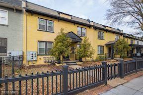 1656 West Virginia Avenue NE #201, Washington, DC 20002 (#DC10130961) :: Pearson Smith Realty