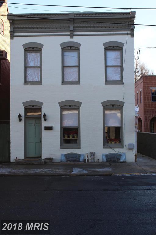 8 4TH Street W, Frederick, MD 21701 (#FR10133305) :: Pearson Smith Realty