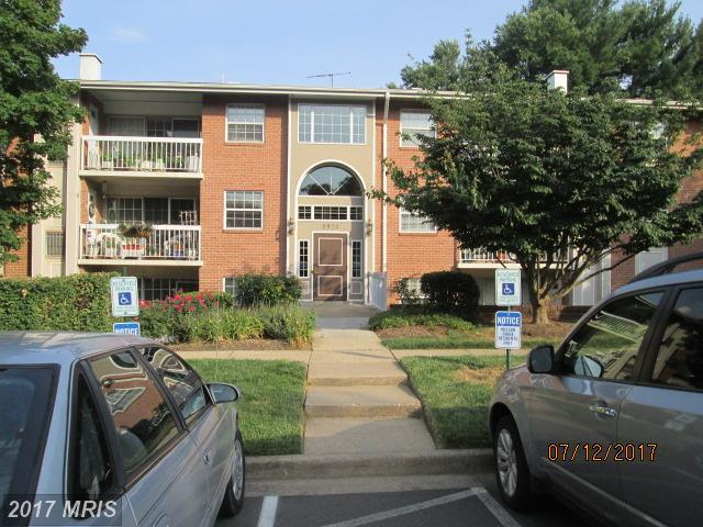 1923 Wilson Lane #304, Mclean, VA 22102 (#FX10104953) :: AJ Team Realty