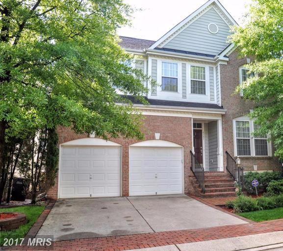 4181 Whitlow Place, Chantilly, VA 20151 (#FX9946461) :: LoCoMusings