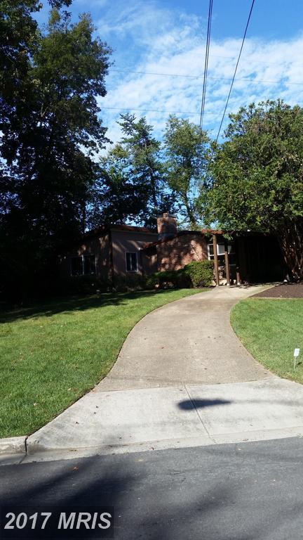 7914 Sycamore Drive, Falls Church, VA 22042 (#FX9989670) :: Pearson Smith Realty