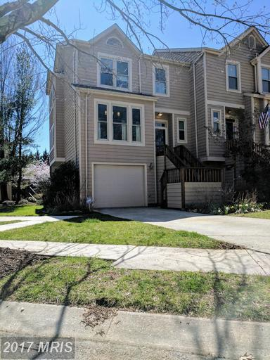 5917 Cedar Fern Court, Columbia, MD 21044 (#HW9900258) :: LoCoMusings