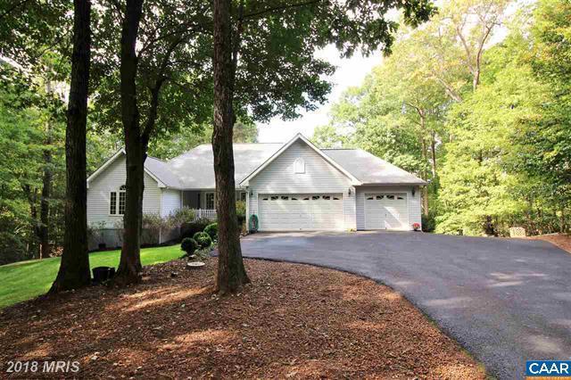 975 Oak Grove Drive, Mineral, VA 23117 (#LA10081087) :: The Gus Anthony Team