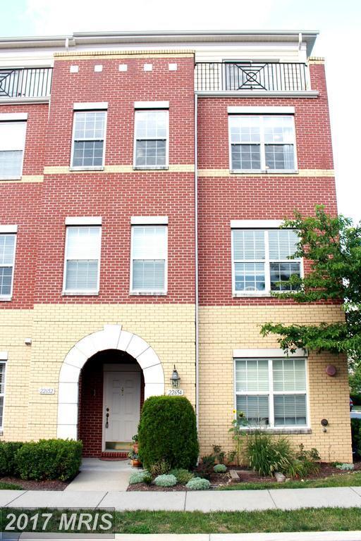 22652 Verde Gate Terrace, Ashburn, VA 20148 (#LO10002983) :: Pearson Smith Realty