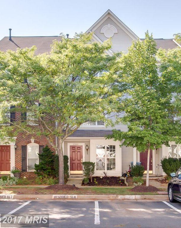 25341 Bryson Drive, Chantilly, VA 20152 (#LO10027337) :: Pearson Smith Realty