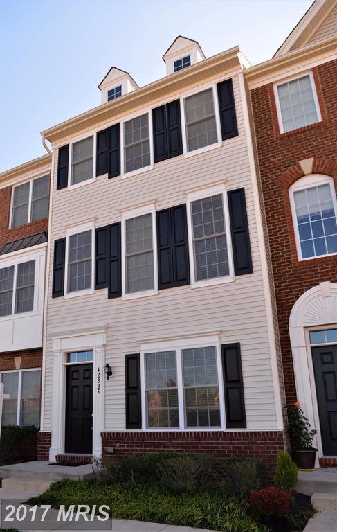 42825 Eggleston Terrace 83D, Chantilly, VA 20152 (#LO10091807) :: Colgan Real Estate