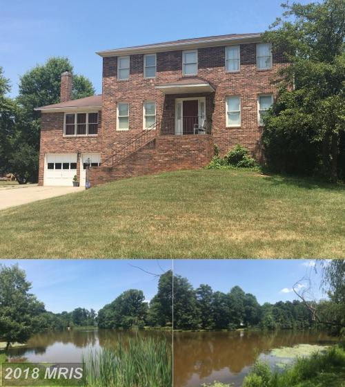 5 Awsley Court, Sterling, VA 20165 (#LO10297516) :: Provident Real Estate