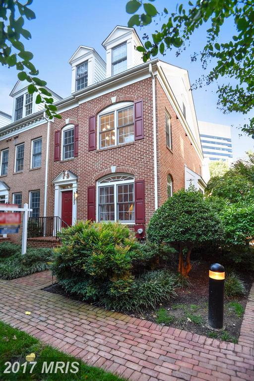 1323 Cameron Hill Court, Silver Spring, MD 20910 (#MC10058197) :: Pearson Smith Realty