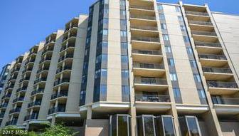4242 East West Highway #1112, Chevy Chase, MD 20815 (#MC10154816) :: Dart Homes
