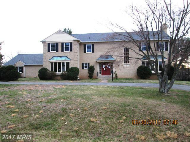 12209 Piney Glen Lane, Potomac, MD 20854 (#MC9901661) :: LoCoMusings