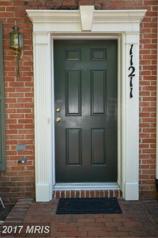 11211 Edson Park Place #36, North Bethesda, MD 20852 (#MC9949570) :: LoCoMusings