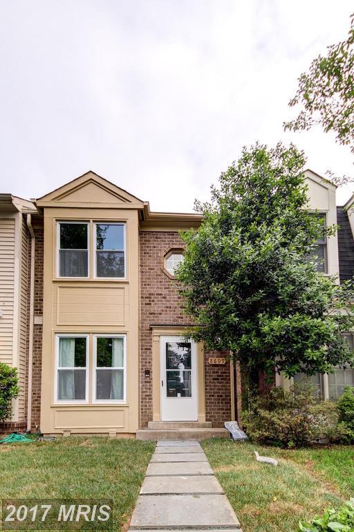 8609 Hawk Run Terrace, Montgomery Village, MD 20886 (#MC9956314) :: Pearson Smith Realty