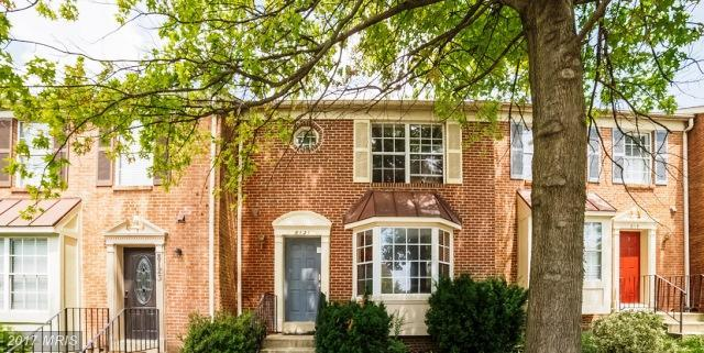 8121 Londonderry Court, Laurel, MD 20707 (#PG10011419) :: Pearson Smith Realty
