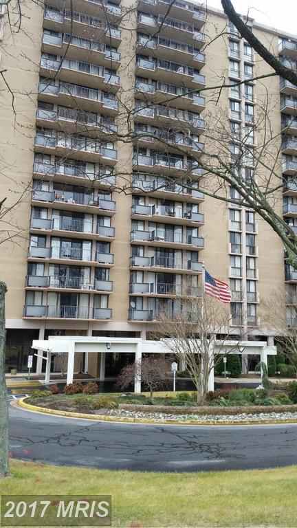 6100 Westchester Park Drive #403, College Park, MD 20740 (#PG9799606) :: Pearson Smith Realty