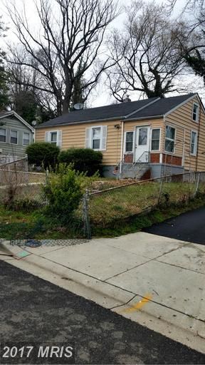 1910 Billings Avenue, Capitol Heights, MD 20743 (#PG9878686) :: Pearson Smith Realty