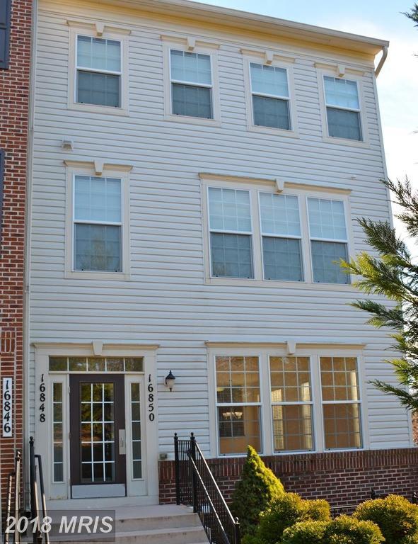 16850 Nuttal Oak Place #16850, Woodbridge, VA 22191 (#PW10124091) :: Pearson Smith Realty